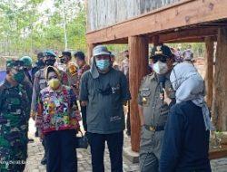 Kasrem 043/Gatam Bersama Gubernur Lampung dan Forkopimda Tinjau Alat Thermal Therapy Covid-19 di Tulang Bawang Barat