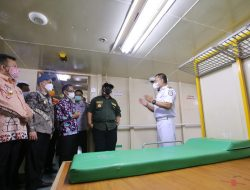 Gubernur Tinjau Langsung Kapal Isolasi Apung KM Lawit di Pelabuhan Panjang