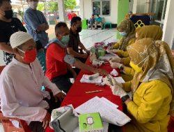 Ratusan Warga Binaan Lapas Kelas I Bandarlampung Jalani Suntik Vaksin Covid-19
