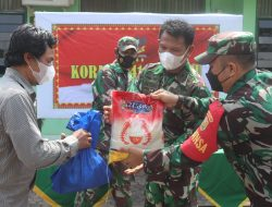 Koramil 410-03/TBU Kodim 0410/KBL Bagikan Sembako Kepada Masyarakat Binaan